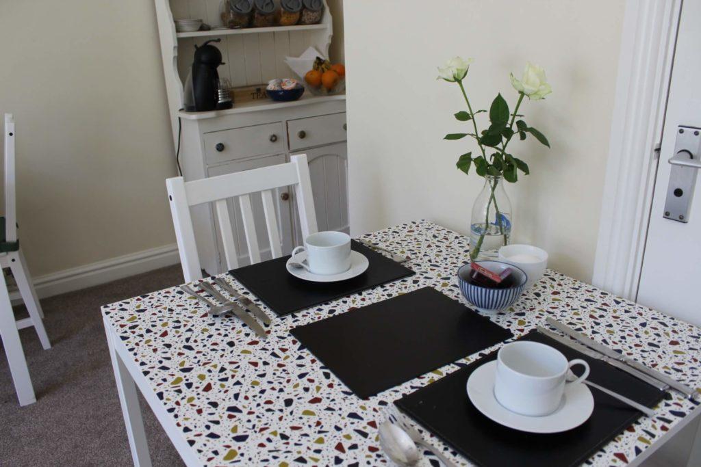 Breakfast Room (15)